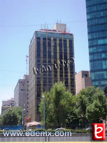 Reforma 509. ID857, Iván TMy©, 2009