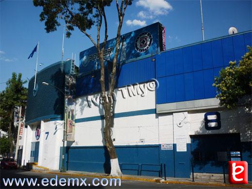 Estadio Azul, ID1506, Ivan TMy, 2012